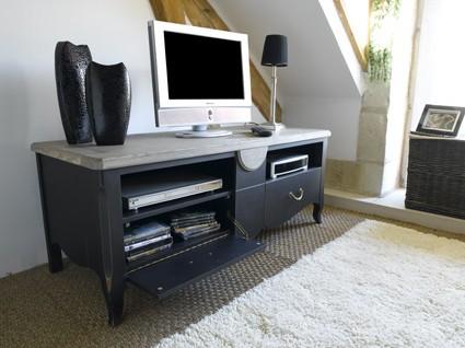 Collection aurore meubles romantique vazard home for Atmosphere meuble