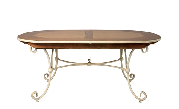 table ovale club pied fer forg vazard. Black Bedroom Furniture Sets. Home Design Ideas