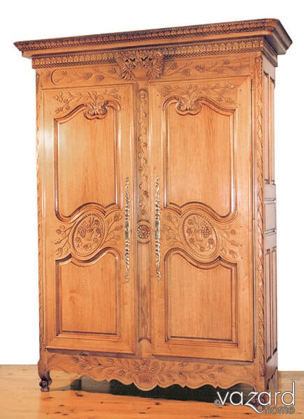 relooker une armoire normande armoire normande prime une armoire normande armoire normande. Black Bedroom Furniture Sets. Home Design Ideas