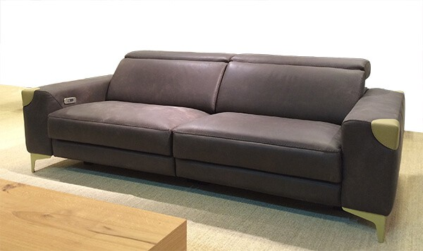 canape-firenze-relaxation-bi-ton-cuir-maron-vert-ambiance-contemporaine