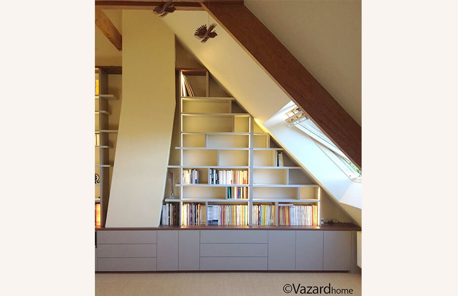 bibliotheque-home-cinema-sur-mesure-sous-pente-vazard-home