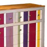 meubles de couleurs