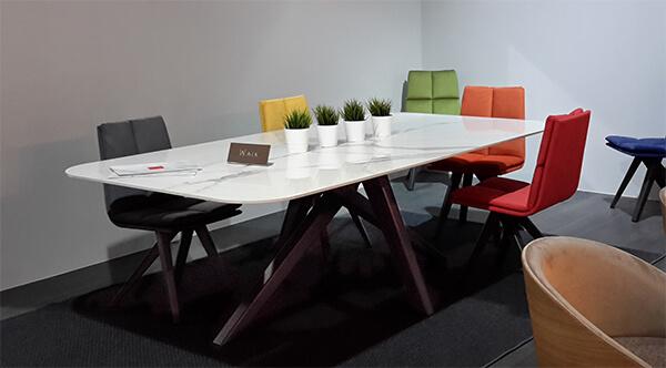 table-design-chaise-walk