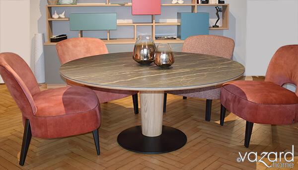 table-ronde-pied-central-bouddha-differente-hauteur